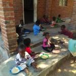 Taulo Children Eating